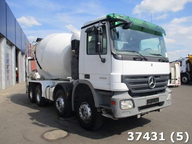 Mercedes-Benz  Actros 3236 8x4 Schwing Stetter 8m3 EPS 3 pedals (3)
