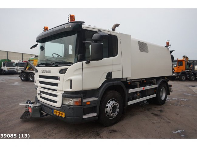 Scania  P 230 Bucher Schorling Cityfant 60H (6)