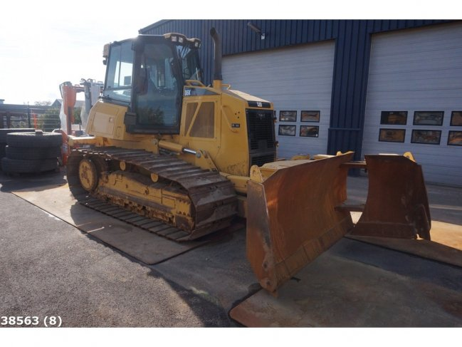 Caterpillar  D6K LGP with Ripper and GPS (2)