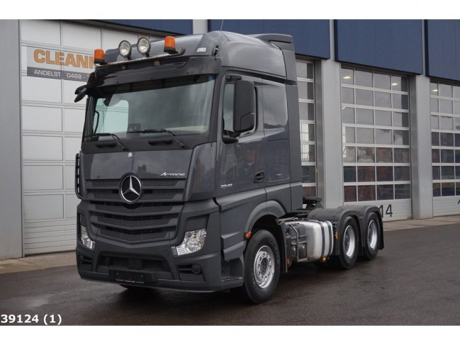 Mercedes-Benz  Actors 3348 6x4 Euro 6 (0)