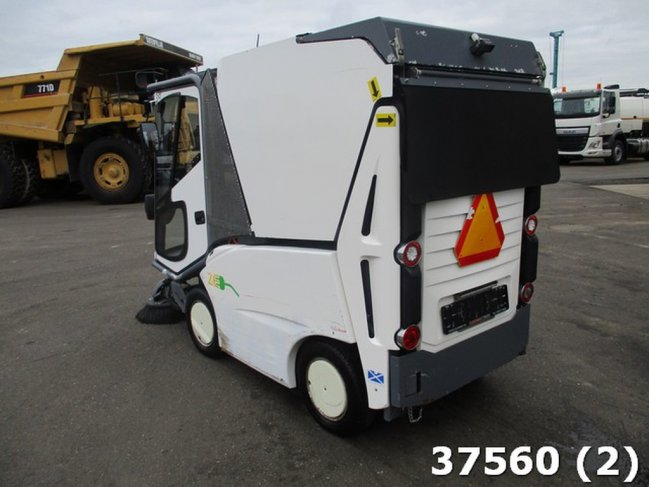 TENNANT  500 ZE Electric (1)