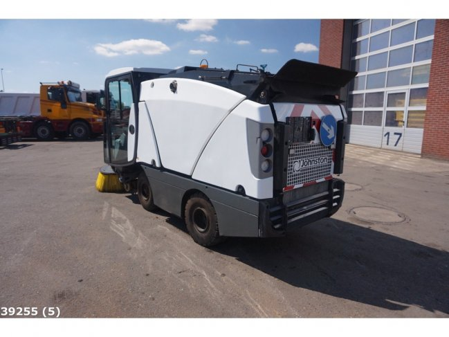 Johnston  CN 201 sweeper (3)
