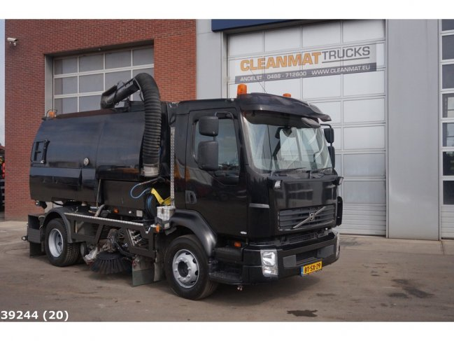 Volvo  FL 240 Johnston VT 650 (5)