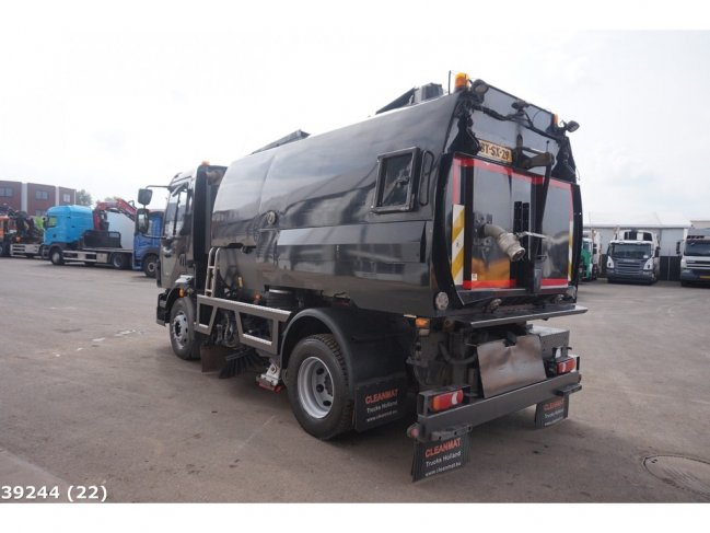Volvo  FL 240 Johnston VT 650 (7)