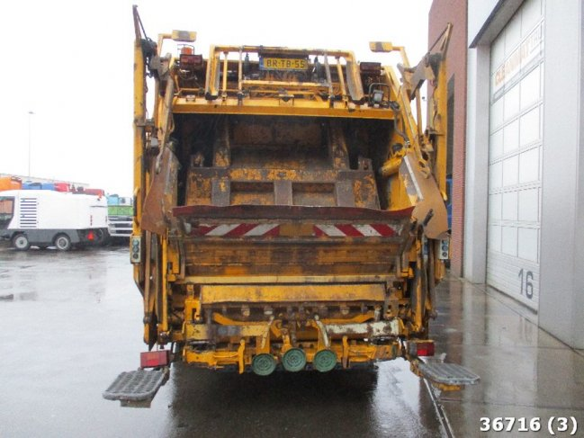Mercedes-Benz  AXOR 2528 Manual (2)
