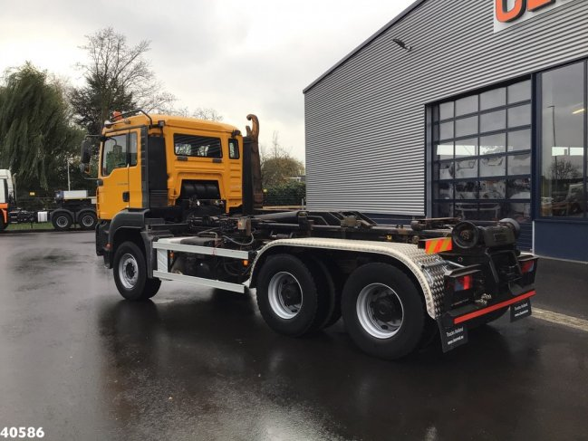 MAN  TGA 33.400 6x4 Manual Full steel (1)