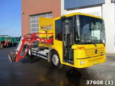 Mercedes-Benz Econic 2628 side loader