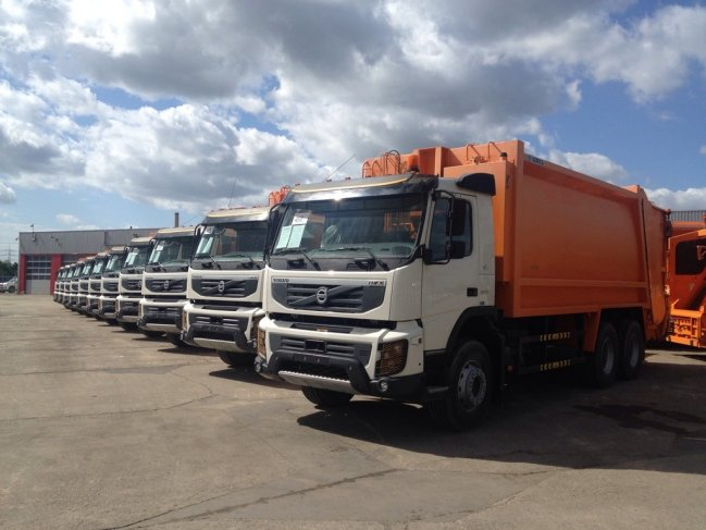 Volvo  FMX 370 6x4 EURO 3 NEW AND UNUSED (1)